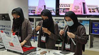 Afgan kız robot ekibi