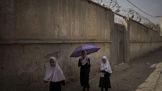 عکس آرشیوی از دختران دانش آموز افغان