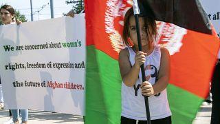 تظاهرات شهروندان افغانستان در برابر دفتر ملل متحد در سوئیس/۱۷ اوت
