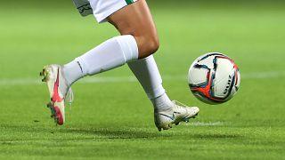 A női foci már régen nem olyan, amilyen a sportág szárnypróbálgatásainak idején volt – képünk illusztráció