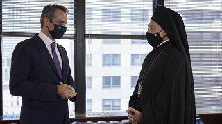 Ο πρωθυπουργός, Κυριάκος Μητσοτάκης, και ο Αρχιεπίσκοπος Αμερικής, Ελπιδοφόρος