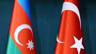 Türkiye ve Azerbaycan bayrakları