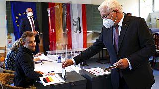 Εκλογές στη Γερμανία: Μεγαλύτερη από το 2017 η προσέλευση των ψηφοφόρων