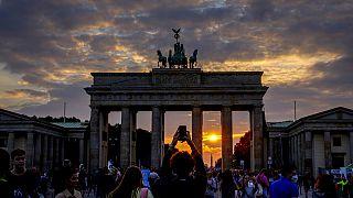 Germania, il valzer delle trattative. Ago della bilancia sono i Verdi e i Liberali