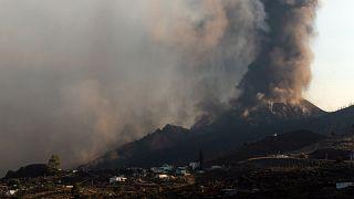 بركان كومبري فييخا  في جزر الكناري، إسبانيا.