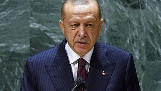 Ο Τούρκος πρόεδρος Ρετζέπ Ταγίπ Ερντογάν στην ομιλία του στη Γ.Σ του ΟΗΕ