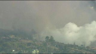 Vulkan auf La Palma spuckt und raucht