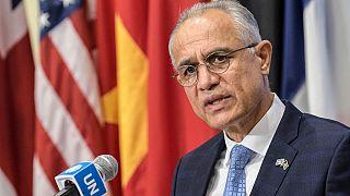 Ni los talibanes ni el Gobierno depuesto hablarán en nombre de Afganistán ante la ONU