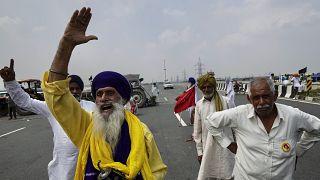 La colère des agriculteurs indiens contre les réformes agricoles