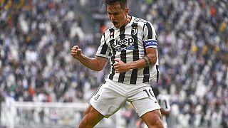 A Juventus játékosa, Paulo Dybala ünnepli a gólját a hétvégi Sampdoria elleni bajnokin