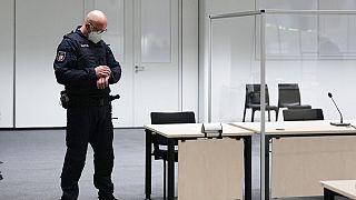 Allemagne : une ex-secrétaire d'un camp nazi en fuite à 96 ans!