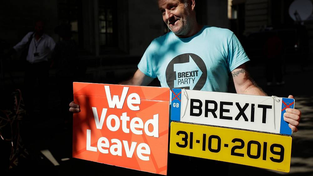 Orang Inggris, jangan berkendara ke UE tanpa stiker baru ini