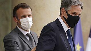 وزير الخارجية الأمريكي أنتوني بلينكين يغادر بعد لقائه بالرئيس الفرنسي إيمانويل ماكرون - قصر الإليزيه في باريس، 25 يونيو 2021