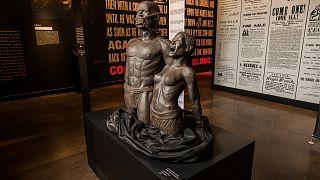 متحف ليغاسي ميوزيم يسلط الضوء على الفصل العنصري الذي شهده تاريخ الولايات المتحدة.