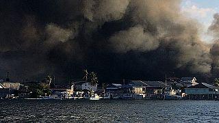 حريق هائل في جزيرة غواناجا، هندوراس، في 2 أكتوبر 2021