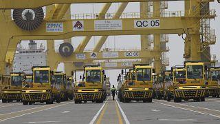 ميناء حمد الواقع على بعد 25 كيلومترا جنوب العاصمة القطرية الدوحة.