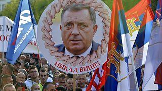 Tüntettek a szerbek Bosznia-Hercegovinában
