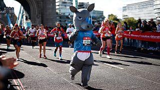 Espectadores e atletas amadores voltam a celebrar em Londres