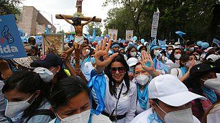 Abortuszellenes tüntetők Mexikóban