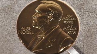 صورة لميدالية نوبل معروضة في نيويورك، الولايات المتحدة.