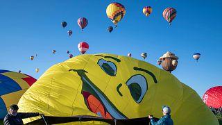 Hőlégballonok a 2021-es Albuquerque-i Nemzetközi Hőlégballon-fesztiválon. Fotó: Roberto E. Rosales