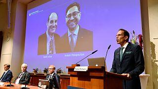 العالمان الأميركيان ديفيد جوليوس وأرديرم باتابوتيان يفوزان بجائزة نوبل للطب للعام 2021