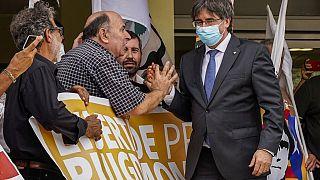 Ιταλία: Ελεύθερος ο Πουτζντεμόν - Αναβλήθηκε η εκδίκαση έκδοσης