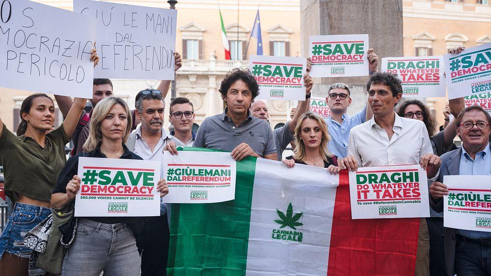 Italia mempertimbangkan pro dan kontra dari dekriminalisasi ganja saat momentum referendum meningkat