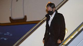 El secretario de Estado de EEUU, Anthony Blinken a su llegada al aeropuerto parisino de Le Bourget, Francia 4/10/21