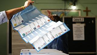 Stimmzettel der Kommunalwahlen in Rom, Italien, 3.10.2021
