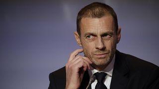 رئيس الاتحاد الأوروبي لكرة القدم  الكسندر تشيفرين خلال مؤتمر صحفي في روما.