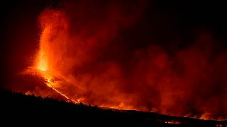 Vulcão mantém intensa atividade em La Palma