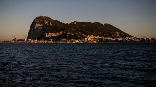 """منظر عام لمنطقة لجبل طار، التقطت من """"لا لينيا""""، إسبانيا ، يوم الخميس 25 مارس 2021."""