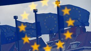 أمام مقر المفوضية الأوروبية في بروكسل