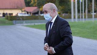 وزير الخارجية الفرنسي يصل إلى سلوفينيا
