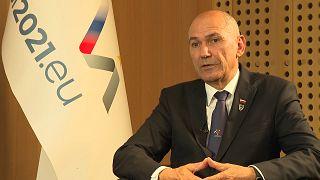 """رئيس وزراء سلوفينيا في حوار مع: """"يورونيوز"""" مشهد اللجوء إلى أوروبا لن يتكرر مع الأفغان"""