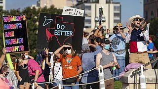 Suspendida temporalmente la ley que restringe el aborto en Texas