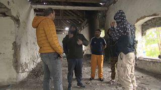 Flüchtlingsbehausung an der ungarischen Grenze