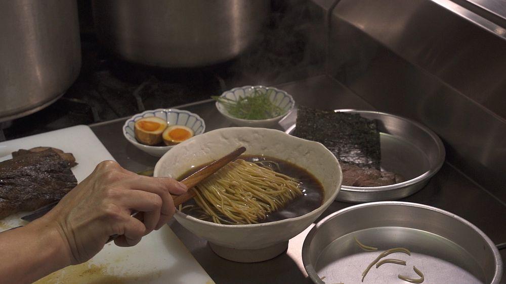 Receta de ramen: un chef experto en lo que se necesita para crear la sopa de fideos japonesa perfecta