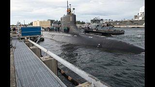 La collisione del sottomarino nucleare degli Stati Uniti: danni da accertare