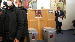 Ο Αντρέι Μπάμπις ετοιμάζεται να ψηφίσει