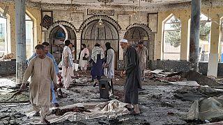 Afganistán: Al menos 55 muertos en un atentado suicida contra una mezquita chií en Kunduz