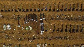 Βραζιλία: Πάνω από 600.000 νεκροί από Covid