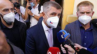 Andrej Babis após votar em Lovosice