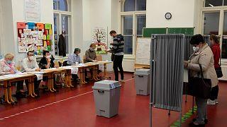 Τσεχία: Νίκη χωρίς αυτοδυναμία για Μπάμπις - Ισχυρότεροι οι συνασπισμοί της αντιπολίτευσης