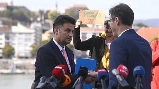 Márki-Zay Péter, Hódmezővásárhely polgármestere és Karácsony Gergely budapesti főpolgármester a Kossuth téren