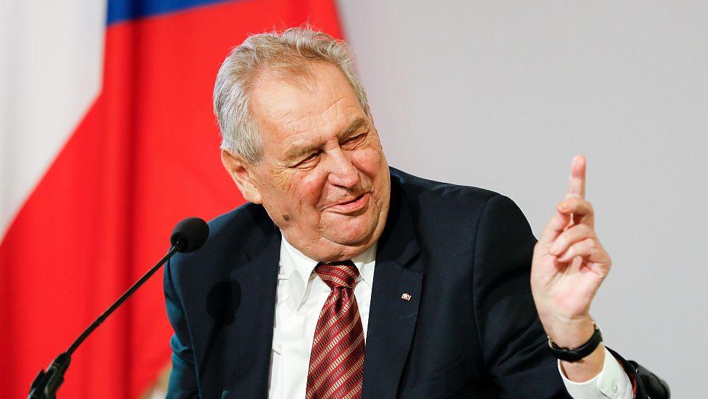 El presidente checo, Milos Zeman, hospitalizado en cuidados intensivos un día después de las elecciones parlamentarias