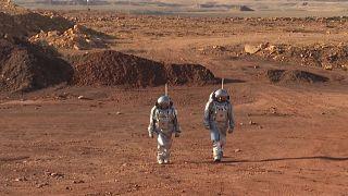 Astronotlar, İsrail çölünde 'Mars'ta yaşamı' simüle ediyor