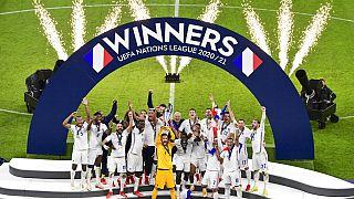 Les Bleus célèbrent leur victoire en Ligue des nations, à Milan (Italie), le 10/10/2021