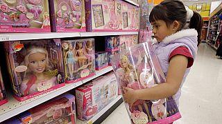 Ennek mostantól vége - a lányos és fiús játékok nem lesznek többé elszeparálva egymástól